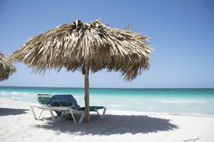 Top des accessoires indispensables pour son long voyage à Cuba
