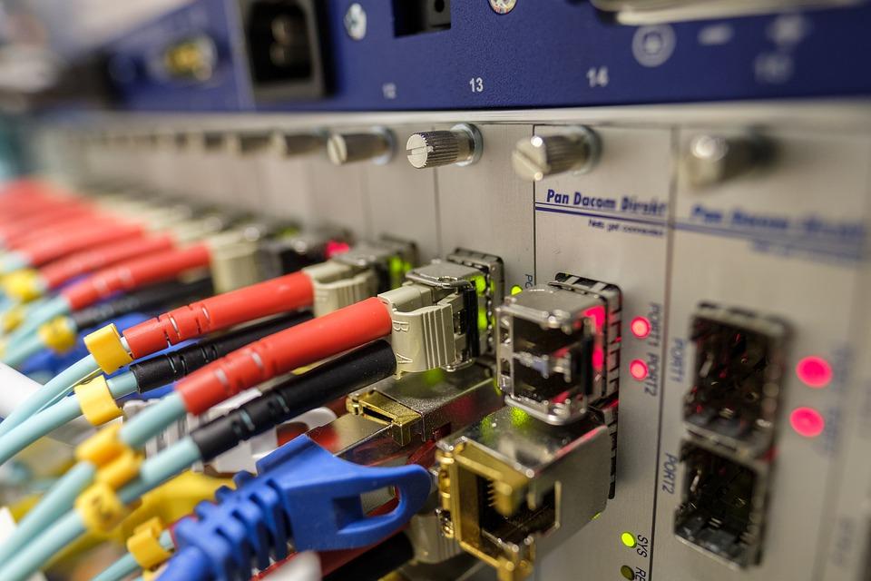 Box internet sans engagement : quels sont les avantages ?