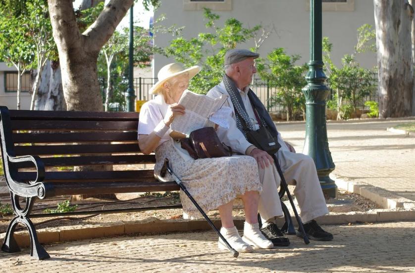 Assurance maladie pour les personnes âgées: les points à retenir pour faire le bon choix